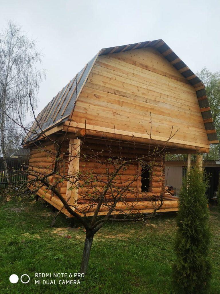 Дом из сруба 5 на 6 «в лапу» с двухметровой мансардой